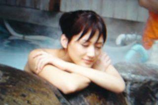 綾瀬はるかヌード入浴シーンでおっぱいポロリエロお宝画像11