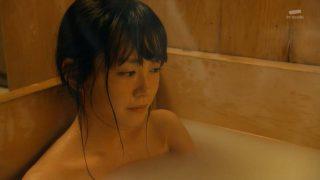 桐谷美玲全裸入浴エロお宝画像8