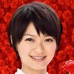 榮倉奈々・パンチラ&おっぱいの谷間チラリの放送事故エロお宝画像