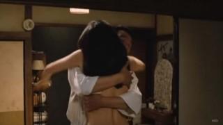 山口智子過激全裸ヌード濡れ場エロお宝画像6