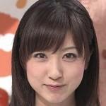 川田裕美アナ・おっぱいの谷間チラリ放送事故エロお宝画像