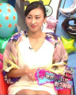 浅田舞の陰毛が透けて見えるパンチラ放送事故エロ画像11