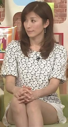 中田有紀アナパンチラ放送事故エロお宝画像8