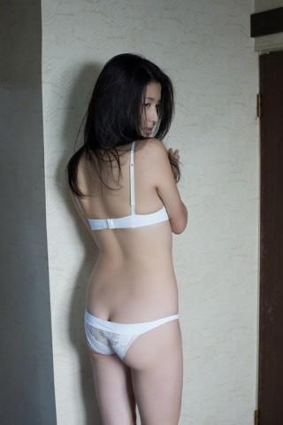 橋本マナミ乳首画像