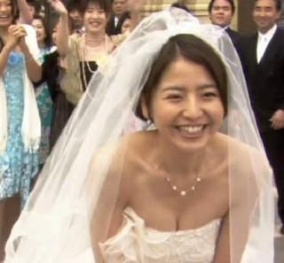 長澤まさみ巨乳おっぱいの谷間胸チラリ放送事故エロお宝画像12