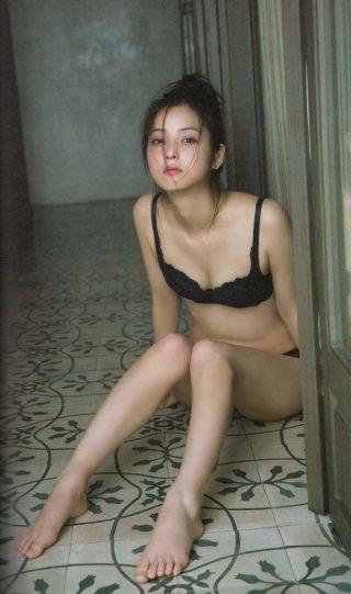佐々木希下着エロお宝画像5