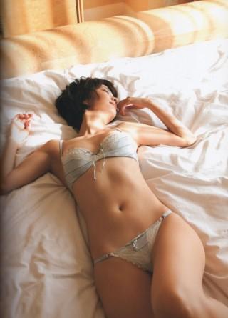 村井美樹キャスターの水着画像