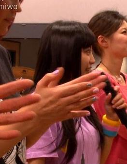 miwaおっぱい横乳エロお宝画像